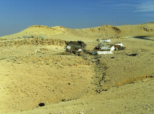 1024px-Bedouins_in_Jordan, by High Contrast (Germany)