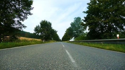 road-21085_640