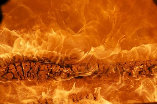 fire-171229_640