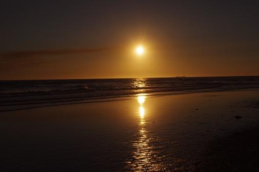 sunset-64123_640