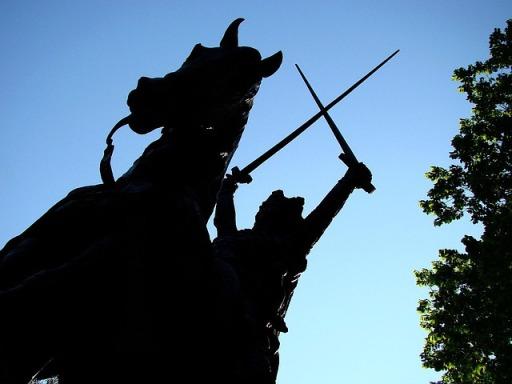 statue-14204_640