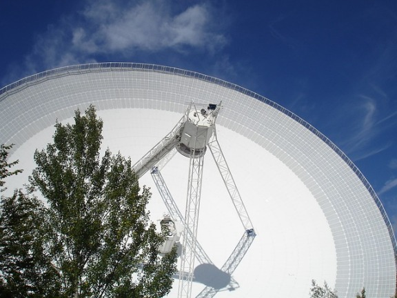 telescope-85443_640