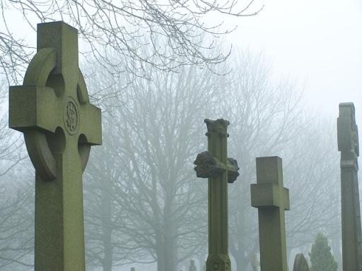 cemetery-91553_640