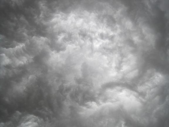 cloud-211735_640