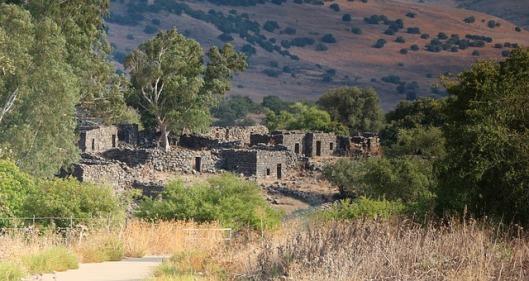 deserted-ruins-176906_640