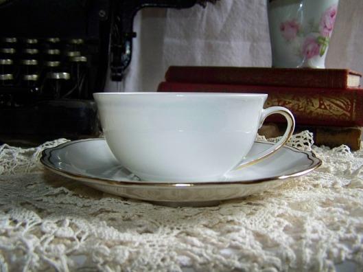 porcelain-79415_640