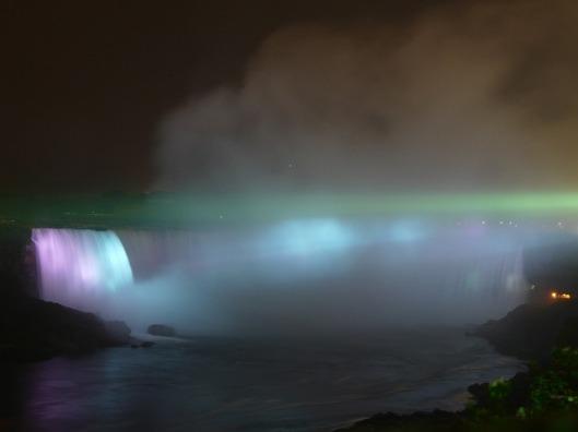 niagara-falls-4089_640