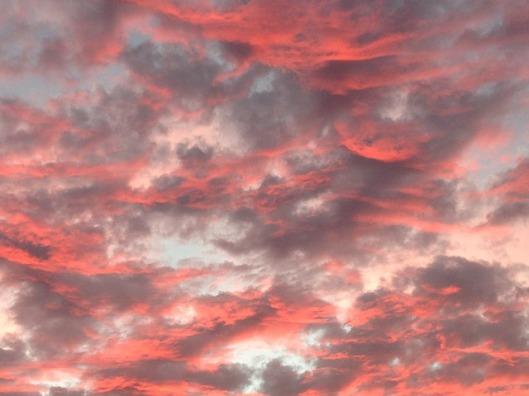 sky-411136_640