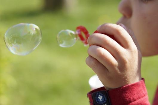 soap-bubbles-322212_640