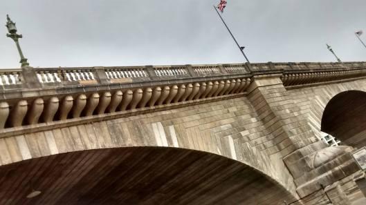 AZ-London-Bridge-British-flag