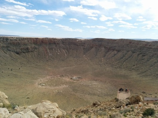 crater-408063_640