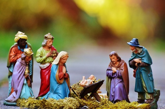 christmas-crib-figures-1060017_640