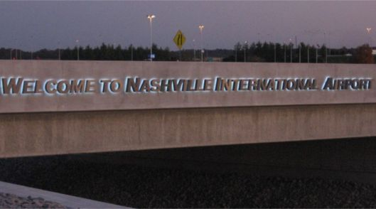 Image - Nashville International Airport Entrance Letters