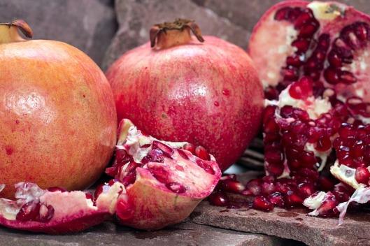 pomegranate-1444907_640